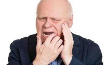 老人牙疼以为上火 喝了三天绿豆汤险丧命