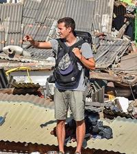 两万游客大逃亡 直击龙目岛地震