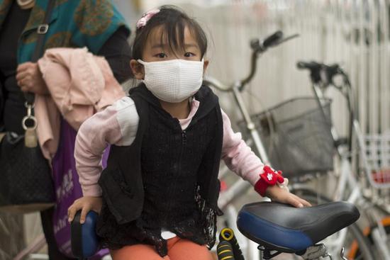 """空气污染会拉低智商!男人和老人最""""受伤"""""""