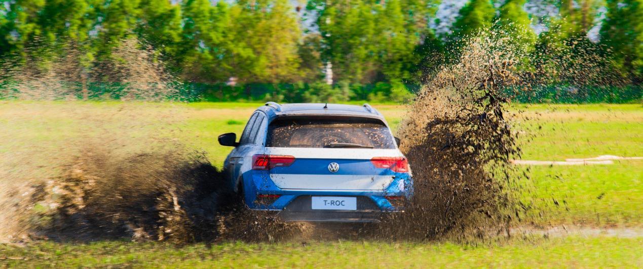 能跑拉力赛的SUV 冠军赛车手陈德安试驾探歌