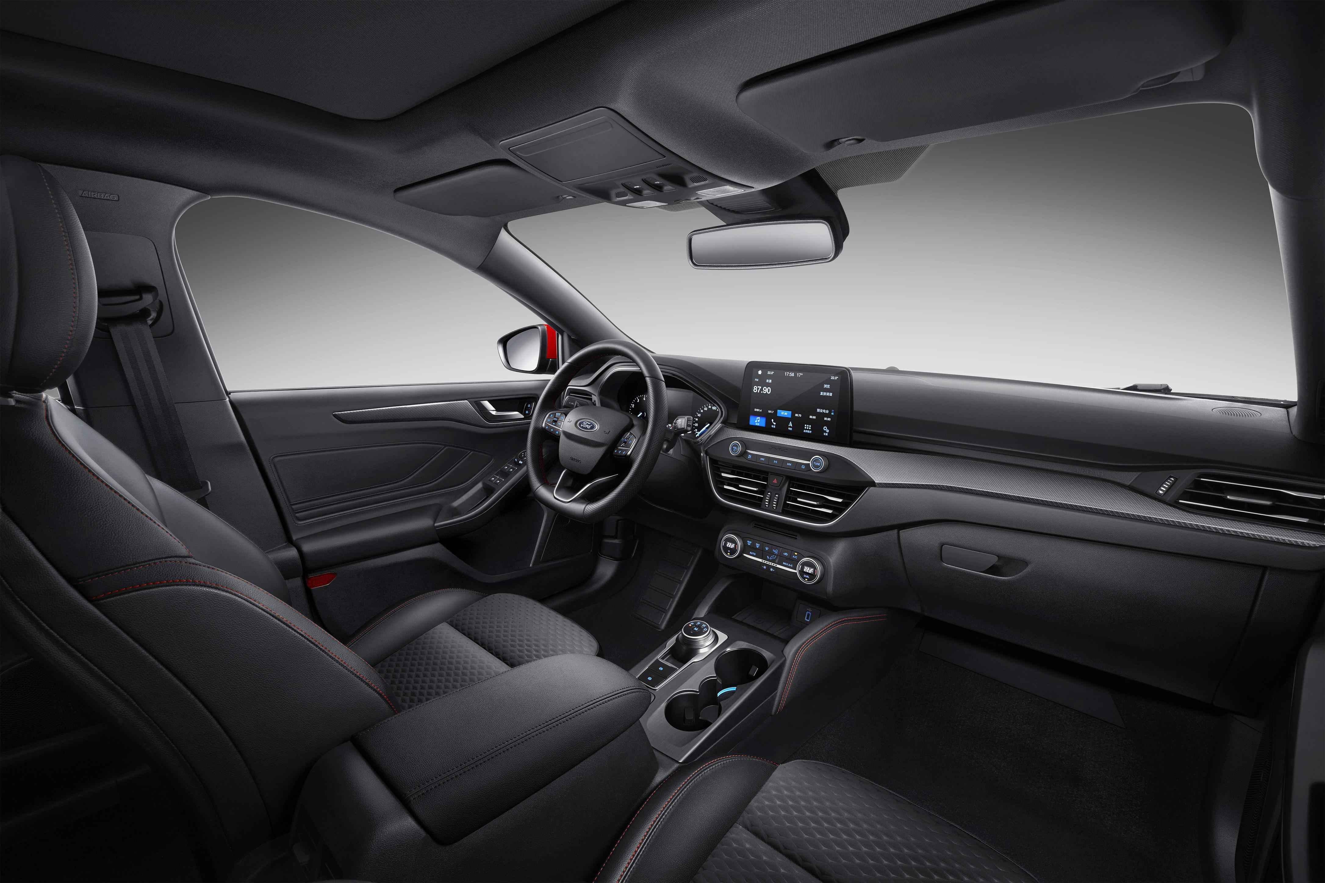 历经20载 刷新驾驶乐趣标准 新一代福克斯预售