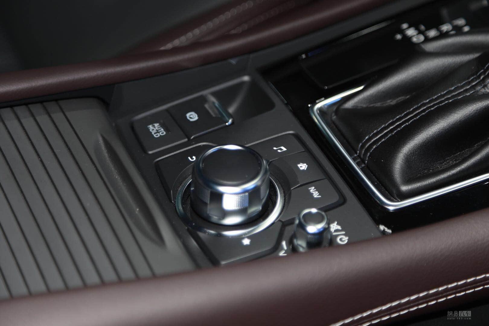 价格不变&配置升级 CX-4新增一款2.0L车型