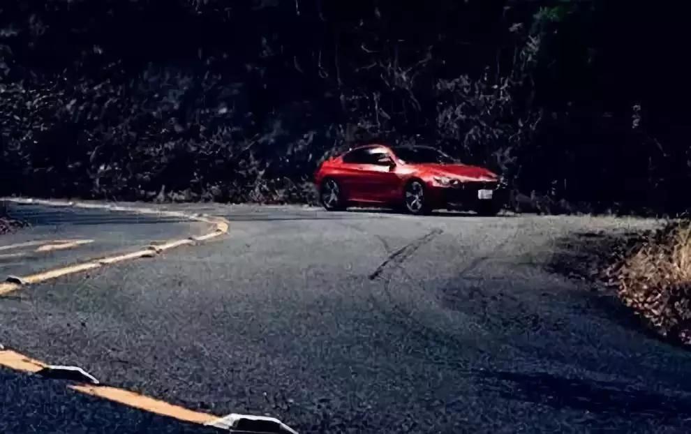 开车转弯的实用技巧你都知道吗?