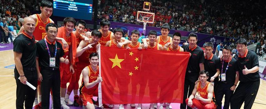 亚运中国男篮84-72战胜伊朗夺冠 周琦轰15分