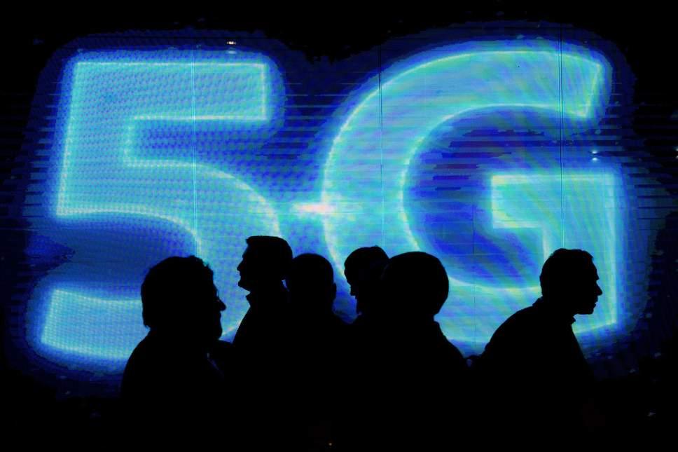 5G手机最快明年入市: OPPO完成 5G信令连接