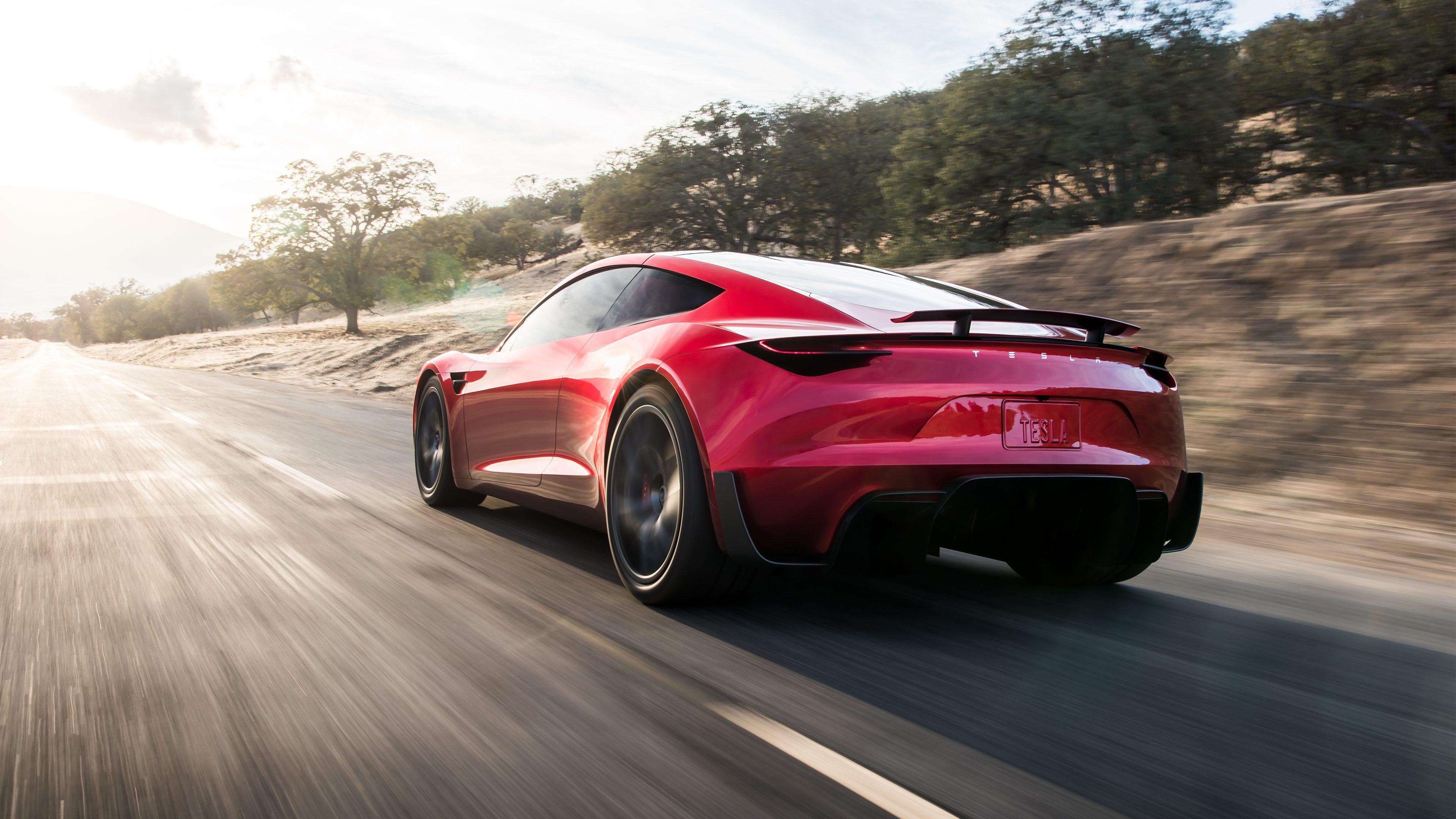 """超跑制造商:特斯拉Roadster性能让其深感""""羞愧"""""""
