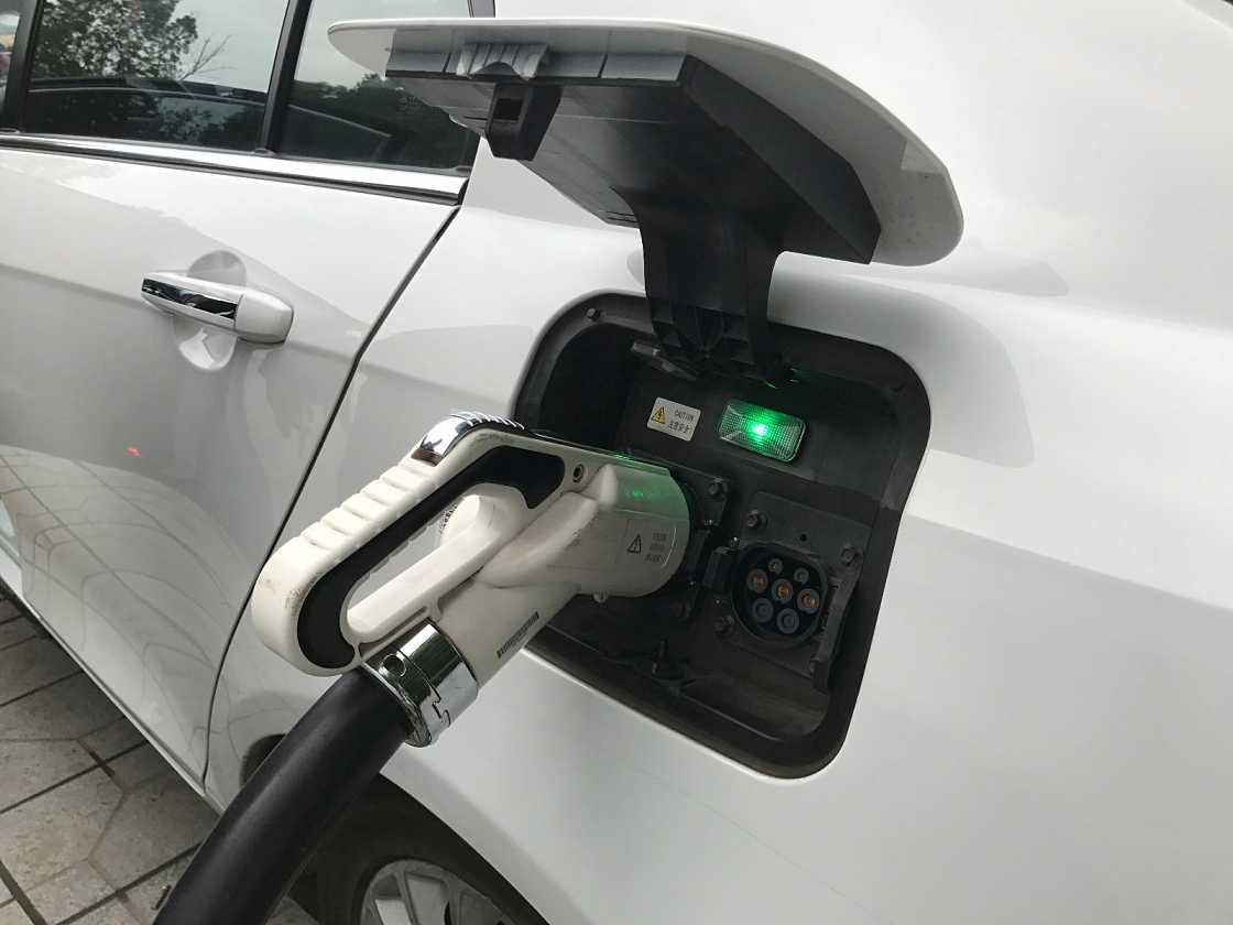 分析师称中国电动车份额年增长率将达到40%