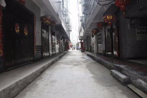 【易句话】背街小巷整治8月份第5周开工196条