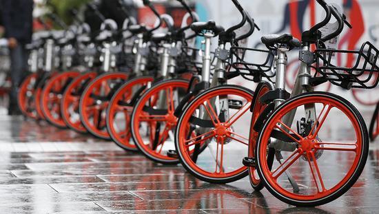 摩拜单月2.6亿次骑行收入1.47亿元,亏损超4亿元