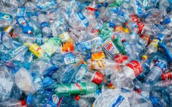 英国大学新研究:塑料垃圾可转化为汽车燃料