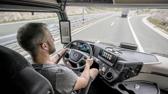 具备半自动驾驶能力 奔驰发布新款Actros卡车