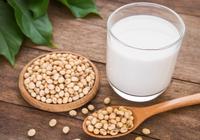 """豆奶能叫""""奶""""吗? 美乳制品业抗议植物饮料带""""奶"""""""