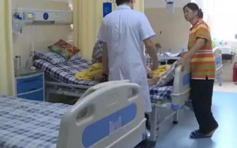 湖南男子背疼拔火罐 未料血液倒灌病情加重险丧命