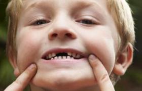 """儿童牙齿矫正能否""""一次就好""""?"""