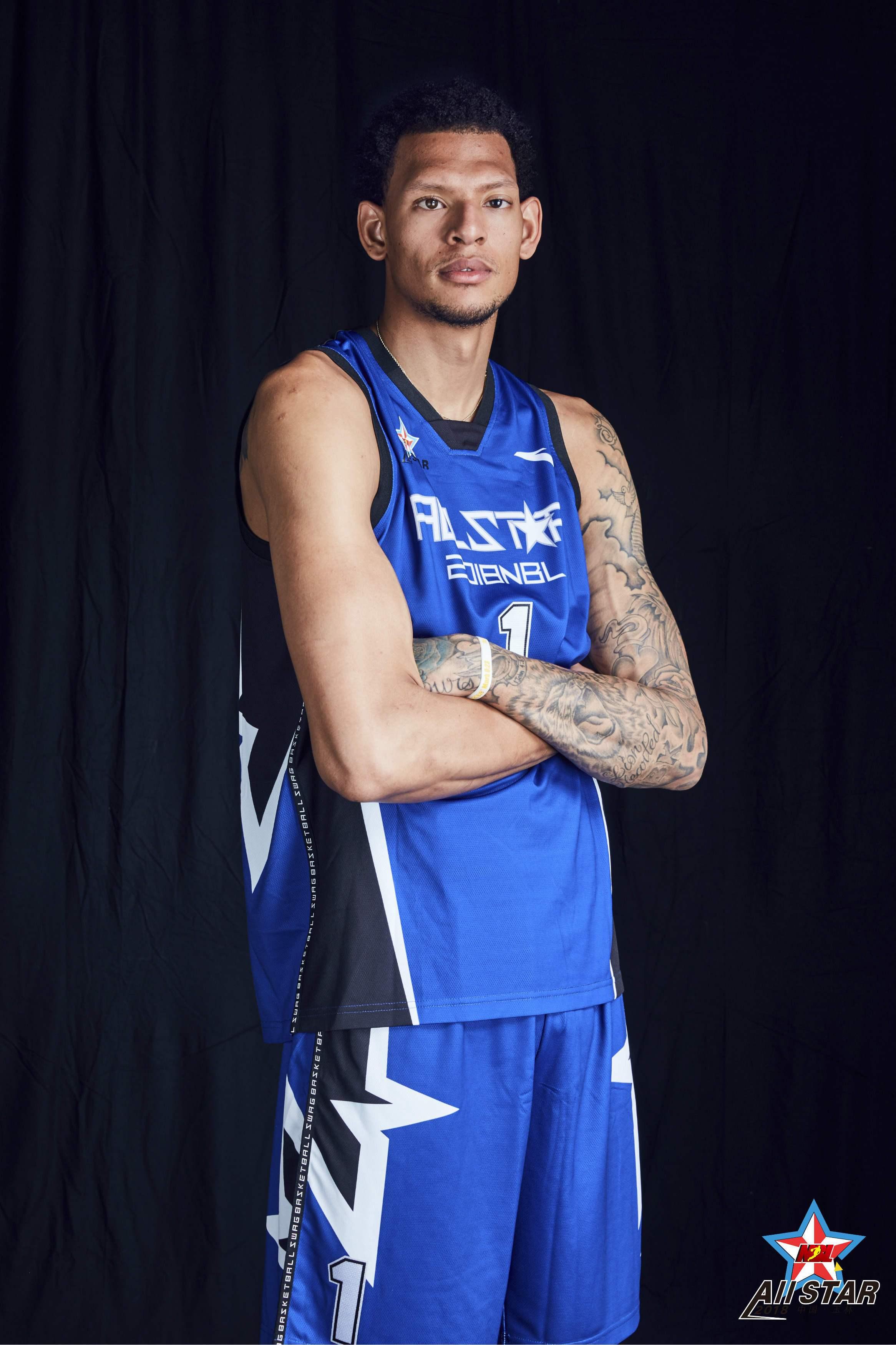 独眼巨人得怪病或活不过40岁,NBA怕他暴毙拒其加盟,坚持篮球梦在中国场均34+10