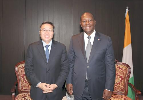 中国银行董事长陈四清与科特迪瓦总统瓦塔拉在京会面