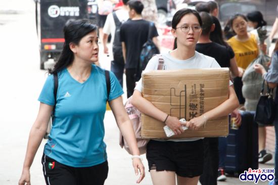 广东高校新生大数据:这些大学的同学最容易单身