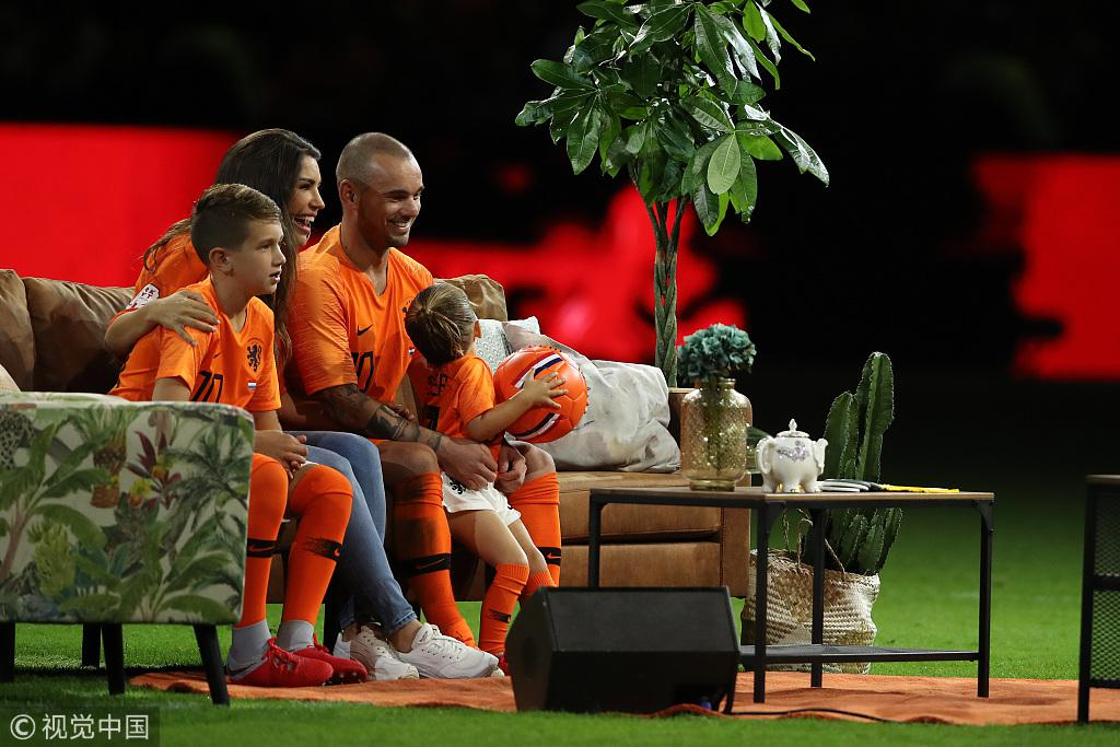 荷兰最后的中场大师谢幕!全世界欠他一个金球奖