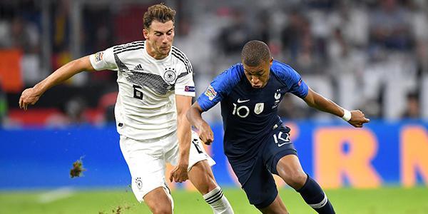国家联赛-胡梅尔斯罗伊斯险破门 德国0-0法国