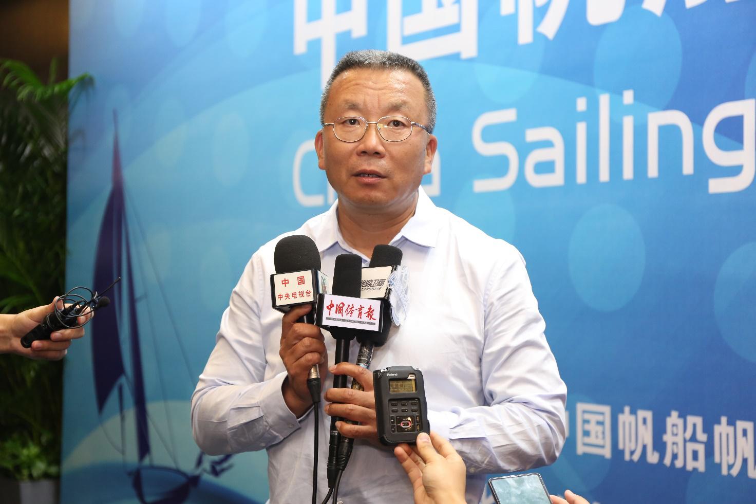中国帆船帆板运动协会秘书长 刘卫东