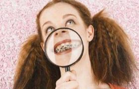 """牙齿戴上""""金箍套""""还能啃排骨吗?"""