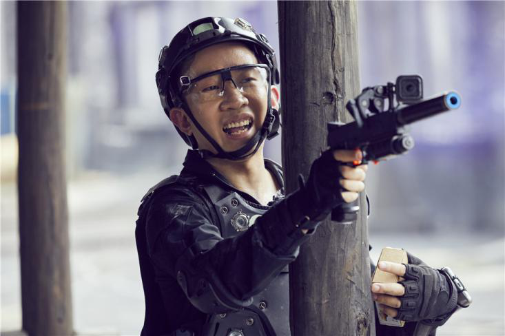 """张翰杨迪互动有爱 下一秒却上演""""世界版""""无间道"""