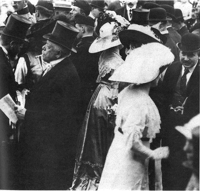 1901年的一次赛马会,赛马是奥地利贵族喜爱的运动