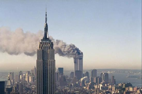 """911十七周年,一个住在纽约的""""恐怖分子""""获赞无数"""