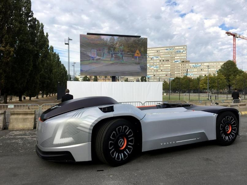 没有驾驶室的无人驾驶电动卡车?沃尔沃真会玩