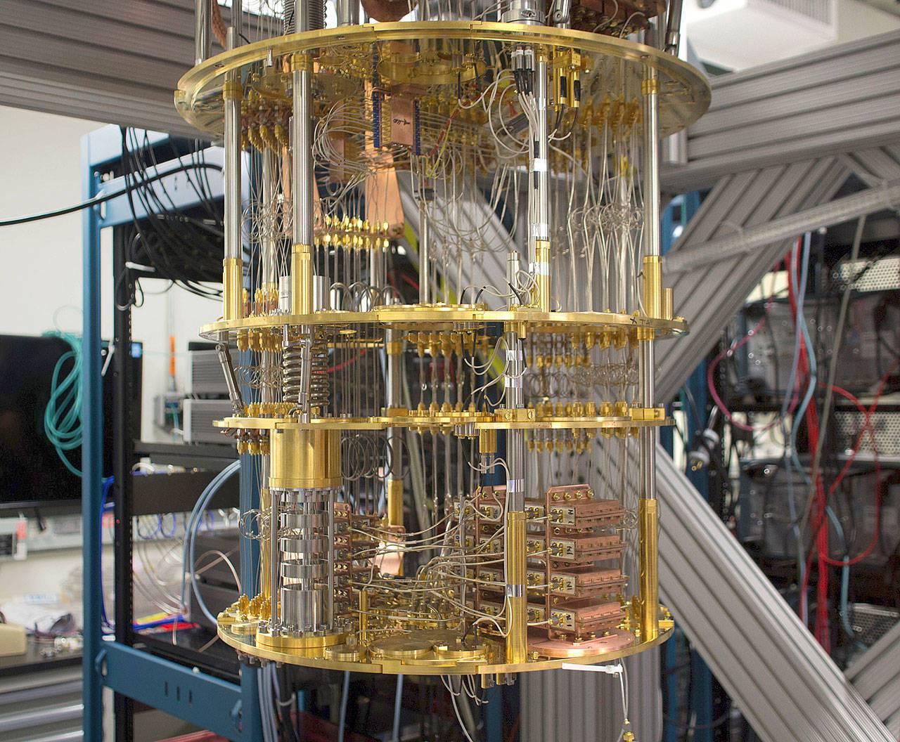 IBM第一�_量子�算�C三年后面市?中���<一��