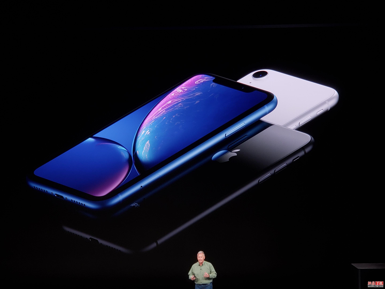 宽边框入门新机 多种颜色可选 iPhone XR发布
