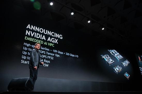 英伟达在日本推多款新品,聚焦机器人和自动驾驶