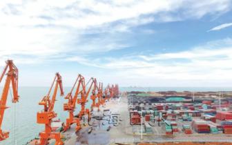 四川省调研组到北海市调研城建和南向通道情况