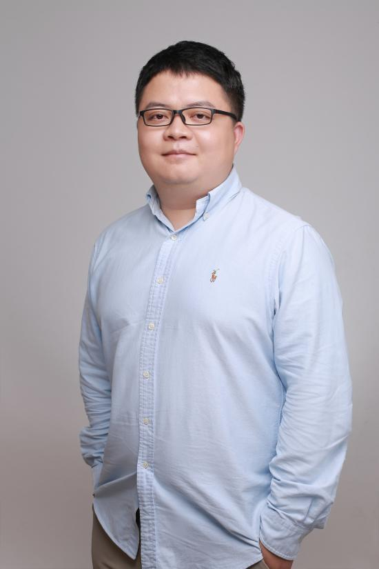 新东方教育科技集团国外考试推广管理中心副主任 贺锐奇
