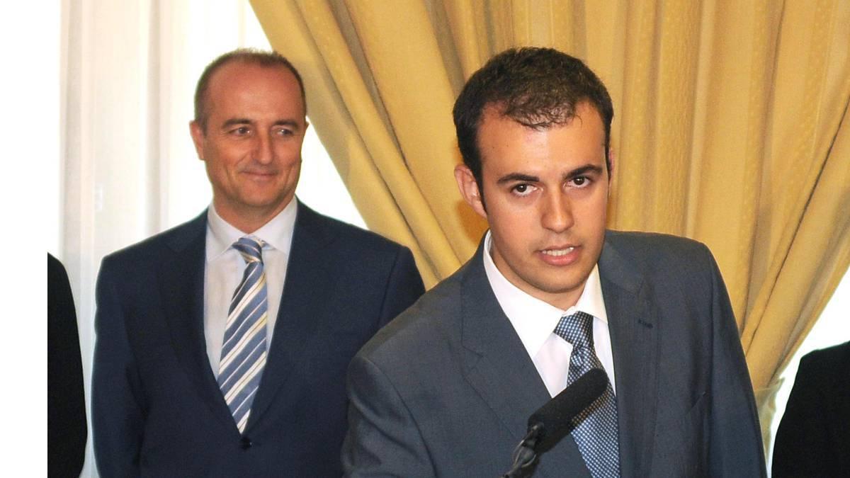曝西班牙首相博士论文涉嫌造假 皇马高层疑似代笔