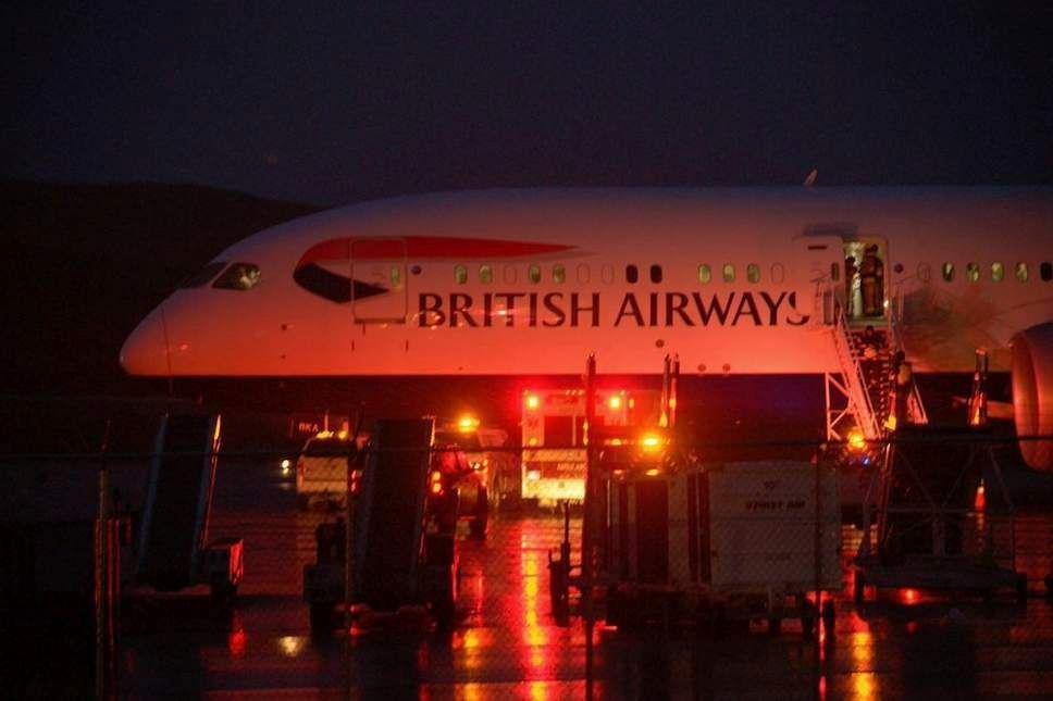 英航客机驾驶舱冒烟 备降加拿大努纳武特