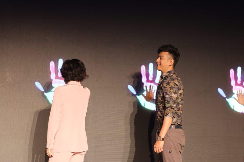 《时光的味道》开发布会 朱雨辰清新出发启新程[标签:关键词]