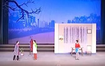 现代评剧《爱洒夕阳》在丰南大剧院上演