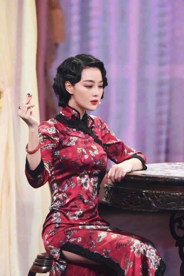 张馨予谈婚后首秀表现不佳:问题很多 会继续努力