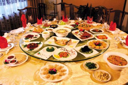 唐山:中秋宴预订偏冷 市民爱在家团圆