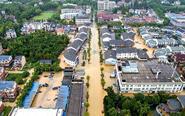 浙江湖州受台风影响降暴雨