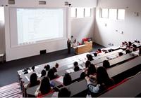 中国高二毕业生就能申请林肯!250门专业课任你选