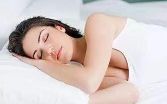 好奇丨朝左睡会压迫心脏?哪种睡姿最健康?