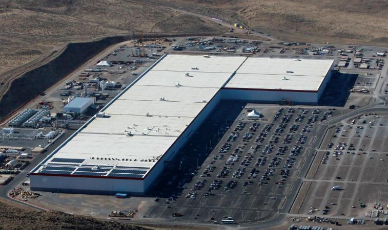 特斯拉内华达州超级工厂发生火灾 现已恢复生产