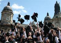 """英国议员吁将留学生剔除""""限移目标"""""""