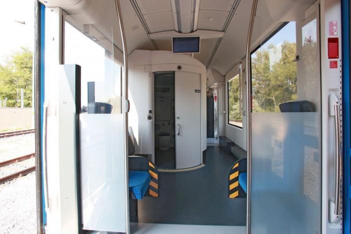 环保零排放 全球首列氢燃料电池列车在德国商用