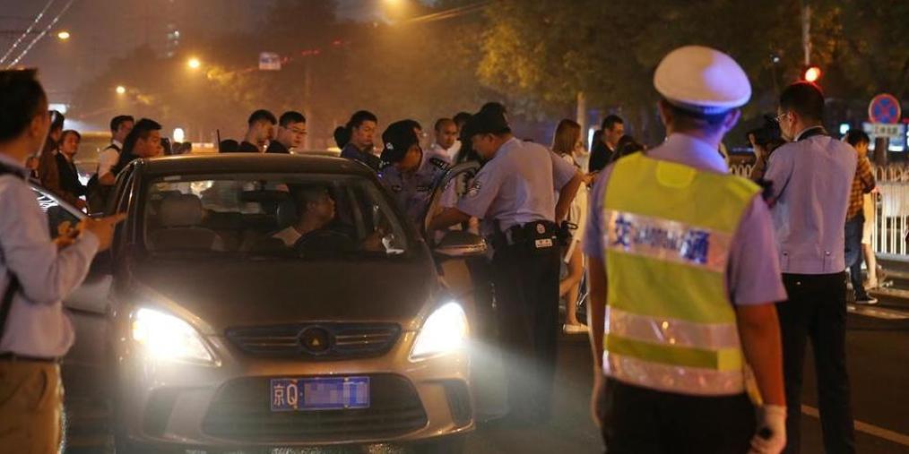"""北京严查出租车""""黑车""""违法运营"""