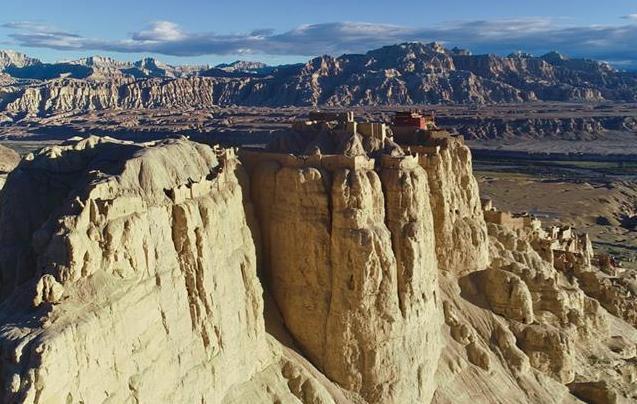 深度游西藏 探访神秘的古格王国遗址
