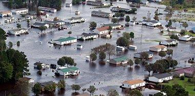 """""""佛罗伦斯""""袭美引发灾难性洪水 北卡成泽国"""