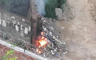 焚烧垃圾 保定市民反映四里营居民每日焚烧垃圾